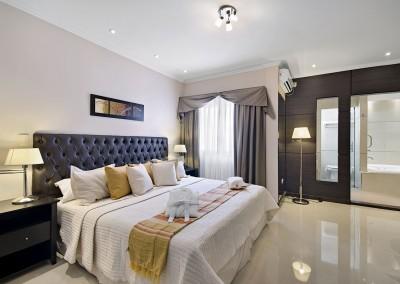 Suite 407